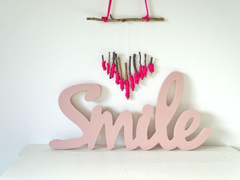 DIY Wand Mobile Herz aus Holz umwickelt mit Stoff