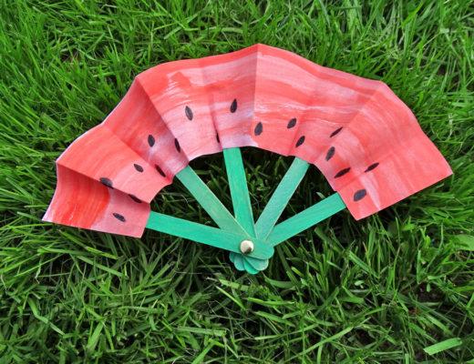 DIY Papierfächer basteln mit Kindern, Fächer basteln, Wassermelone