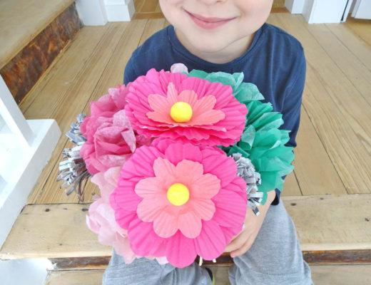 Papierblumen basteln mit Kindern